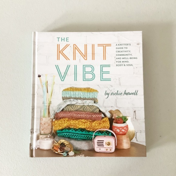 The Knit Vibe Coffee Table Book Decor Knitting NEW